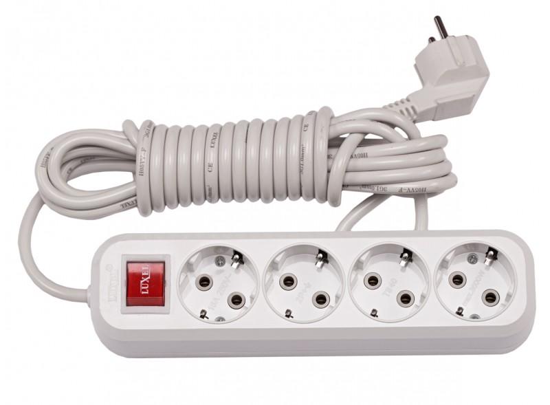 4 гнезда 3М с заземляющим контактом и выключателем (7253)